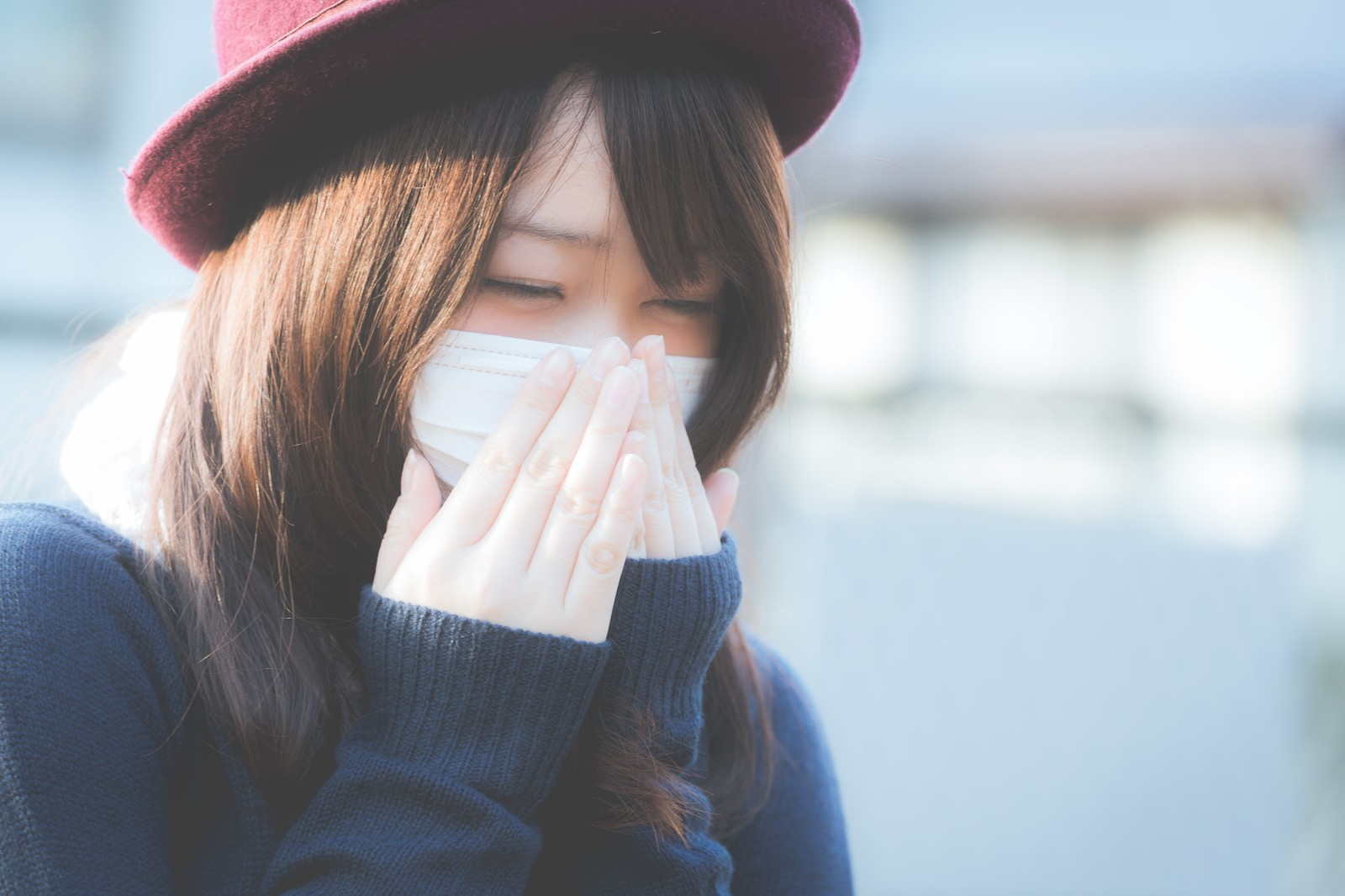 花粉がつらい!舌下免疫療法の費用や効果は?根治するの?